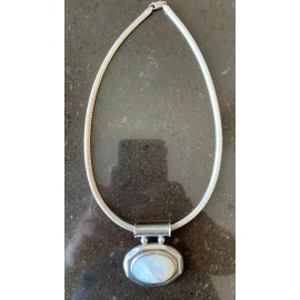 Natural Mother of Pearl Vintage 925 Sterling Silver Pendant Sterling Chain Italy
